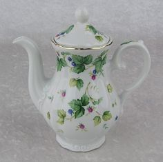 Andrea by Sadek-Teapot