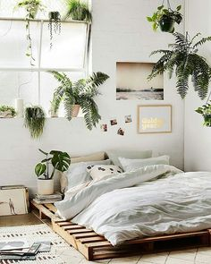 9 Alive Tips: Natural Home Decor Earth Tones Rugs natural home decor wood tree branches.Natural Home Decor Bedroom Plants natural home decor boho chic living spaces.Natural Home Decor Boho Chic Living Spaces. Dream Bedroom, Home Decor Bedroom, Bedroom Inspo, Bedroom Plants, Summer Bedroom, Bedroom Neutral, Budget Bedroom, Design Bedroom, Bedroom Bed