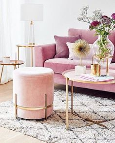 Pinky living room thoughts can be very pleasant to have. Lamentably, to produce the correct pink living room decor thoughts isn't something simple. You can't just place those pink-color… Living Room Sofa, Living Room Decor, Bedroom Decor, Gold Living Rooms, Blush Living Room, Home Living, Rosa Sofa, Home Decor Inspiration, Decor Ideas