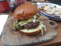 Hamburger at a new restaurant in Zagreb [40323024]