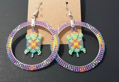 Purple Hoop Earrings/Turtle Earrings/Native/Seed Beaded/Circular Brick Stitch Earrings/~Native Made - DIY-Reifen errings Beaded Earrings Native, Beaded Earrings Patterns, Seed Bead Earrings, Beaded Jewelry, Hoop Earrings, Seed Beads, Diy Jewelry, Silver Earrings, Native Beading Patterns