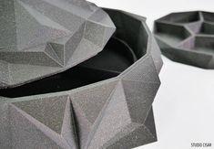 CUBISTIC JEWELLERY BOX / Jewelery Organizer Origami Jewellery Box, Jewelery, Chocolate Box, Cubism, Geometry, Origami, 3d Printing, Triangle, Metallic