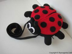 Crochet Pattern - LADYBUG Sling Bag Oh man that would be cute for my Jozlyn
