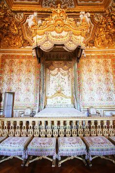 You can't go to Paris without seeing Versailles. Tips for Planning a Paris Vacation