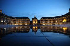Planning a trip to Bordeaux? Use our ultimate guide to things to do in Bordeaux, plus where to eat, stay and more all from a local.