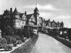 Hotel Redondo, Redondo Beach, Ca...Too bad this magnificent building isn't there anymore
