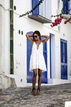 JUNESIXTYFIVE - Robe blanche brodée style chloé tendance 2016