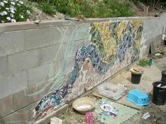 mosaic cinder block wall - Maybe for a small portion of the wall Pebble Mosaic, Mosaic Wall, Mosaic Glass, Mosaic Tiles, Mosaic Mirrors, Mosaics, Stained Glass, Tiling, Mosaic Crafts