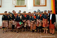 Datuk from Koto Gadang, West Sumatra wearing Songket Minangkabau, Indonesian Art, Padang, Sequin Skirt, Hero, Culture, Skirts, How To Wear, Fashion
