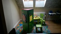 Interactive 3-wall tower - the perfect solution for inspiring kids entertainment at an inn restaurant.