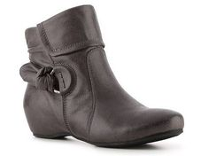 Bare Traps Saydie Wedge Bootie | DSW
