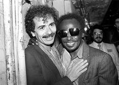 Carlos Santana and Miles Davis, the Savoy, New York City, 1981 © EBET ROBERTS, 1981