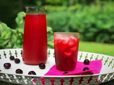 """What can be better on a hot summer day than a cherry lemonade  that tastes like """"Kool Aid"""" but with all healthy ingredients! Recipe available @www.mnmtwinskitchen.com Cherry Lemonade, Cherry Syrup, Kool Aid, Vegan Gluten Free, Pillar Candles, Smoothies, Juice, Ethnic Recipes, Drinks"""