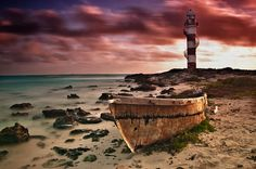 lighthouse Punta Cancún by Daniel Baraggia on 500px