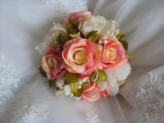 Google Image Result for http://tmfloraldesigns.webs.com/photos/undefined/Chantal%2520-%2520MOH%2520Top%2520View.JPG