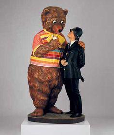 "I love Jeff Koons' stuff, but It's Still Tacky! Jeff Koons ""Bear and Policeman,"" 1988 Balloon Dog, Balloon Animals, Contemporary Sculpture, Contemporary Artists, Kitsch, Jeff Koons Art, Tv Movie, Hayward Gallery, Whitney Museum"