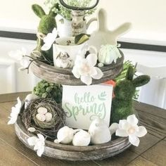 tiered tray with spring decor Spring Home Decor, Spring Crafts, Diy Home Decor, Tray Styling, Easter Table Decorations, Easter Decor, Spring Decorations, Hello Spring, Tray Decor