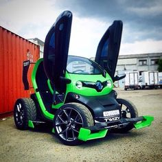renault twizy by lions tuning electronic. Black Bedroom Furniture Sets. Home Design Ideas