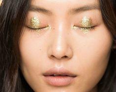 glitter-maquiagem-carnaval-inspiracao-anna-sui-verao-2015-spring-2015-11
