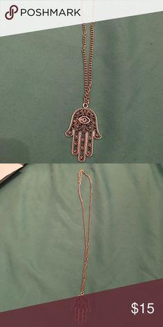 Selling this Hamas evil eye pendant and chain on Poshmark! My username is: jessykasimpson. #shopmycloset #poshmark #fashion #shopping #style #forsale #Jewelry