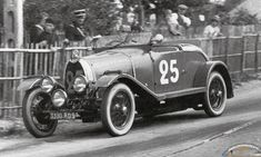 1.5 Litre Bugatti nr 25 at the 1930 24 hours of LeMans
