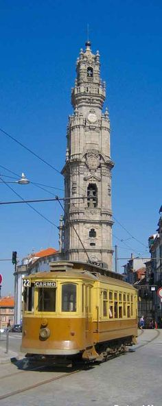Torre Dos Clerigos Church - Porto   Portugal