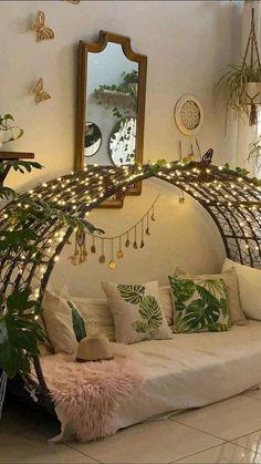 Room Design Bedroom, Bedroom Furniture Design, Home Room Design, Home Decor Furniture, Home Decor Bedroom, Home Interior Design, House Design, Indian Room Decor, India Home Decor