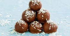 It just wouldn't be Christmas without stocking up on these sweet chocolate-coated rum balls Christmas Dishes, Christmas Cooking, Christmas Recipes, Christmas Foods, Christmas Truffles, Christmas Treats, No Bake Treats, No Bake Desserts, My Favorite Food