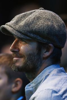 -David Robert Joseph Beckham- May 1975 (age -Leytonstone, London, England- ft 0 in m)- -Midfielder- -Retired- -Designer- -Spokesperson- -Author- -Husband- -Father- -ICON- This is only. Dapper Gentleman, Gentleman Style, Jude Law Style, Men Street Look, David Beckham Style, New Mens Fashion, Charming Man, Denim Jeans Men, Blazer Fashion
