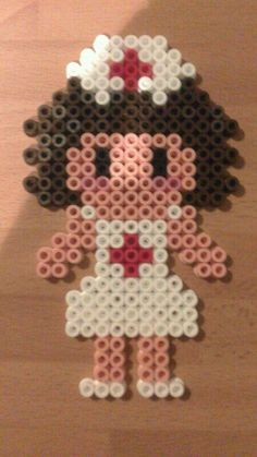 Enfermera morena Frozen Disney, Peler Beads, Melting Beads, Bead Art, Pixel Art, Projects To Try, Stitch, Pearls, Canvas