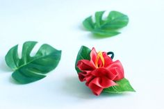 The Best Luau Party Supplies for an Amazing Summer Party! Luau Party Favors, Luau Party Supplies, Summer Party Decorations, Party Hawaii, Hawaiian Luau Party, Hawaiian Hair, Ukulele Accessories, Moana Birthday Party, Hair Accessories For Women