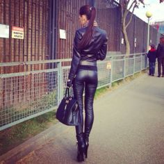 LEATHER PANTS <3 <3
