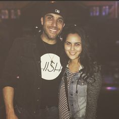 When your country singer crush is standing right in front of you you stop what you're doing and you take a picture with him of course.  Meeting @tylerrich last night was definitely a nice way to begin my week. #hobanaheim #starstruck by carlyestrada