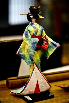 https://flic.kr/p/86HdUZ | Lady-in-Waiting | A doll hand-made from Japanese…