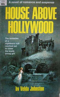 Vintage Horror, Vintage Gothic, Gothic Art, Science Fiction Books, Pulp Fiction, Gothic Books, Thriller Books, Gothic Horror, Historical Romance