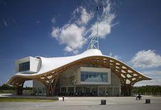 Shigeru Ban has won the 2014 Pritzker Prize for architecture for the Centre Pompidou New building in Metz, France. Parametric Architecture, Sustainable Architecture, Amazing Architecture, Modern Architecture, Architecture Awards, Architecture Interiors, Ancient Architecture, Shigeru Ban, Japan Design