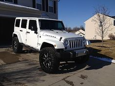 Lifted Jeep Wrangler Unlimited Sahara 35's on 22's Jeep Wrangler Unlimited Lifted, 4 Door Jeep Wrangler, Jeep Xj, Jeep Cherokee Xj, Jeep Cars, Lifted Jeeps, Jeep Sahara Unlimited, White Jeep Wrangler Unlimited, Cars