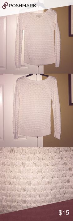 LOFT cable knit sweater :) White cable knit sweater, perfect condition, super cute, make an offer :) LOFT Sweaters