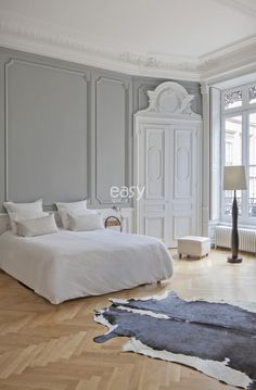50 cool bedrooms for clean and simple design inspiration 15 Modern House Plans, Modern House Design, Home Bedroom, Bedroom Decor, Bedroom Ideas, Glam Bedroom, Parisian Bedroom, French Apartment, Minimal Bedroom