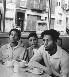 "Digable Planets (Ishmael ""Butterfly"" Butler, Mary Ann ""Ladybug Mecca"" Vieira, Craig ""Doodlebug"" Irving)-https://www.youtube.com/watch?v=cM4kqL13jGM"