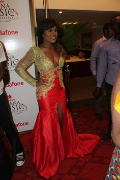 Share This:120000 With George Quaye pairing with Berla Mundi for this year's Ghana Music Awards Industry night, it was certain the show would be great because of how the two masters their television shows. Berla Mundi appeared on stage looking beautiful with what she wore to the event. The Gh One TV presenter decided to …
