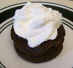 3 minute flourless, chocolate cake, low carb.
