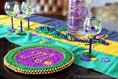 Mardi Gras Bead Craft: DIY Charger Plate photo tutorial