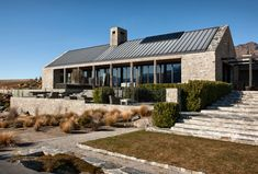 Simon Devitt - International Photographer of Architecture - Otago Farmhouse Architecture, Architecture Details, Modern Architecture, New Zealand Architecture, Haus Am See, Central Otago, Modern Barn House, New Zealand Houses, Rural House