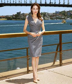 Angelina Jolie Showcases Her Tiny Waist in Plunging Gray Dress While in Australia - Yahoo Celebrity