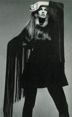 Jean Shrimpton photographed by Richard Avedon for Vogue, 1968 *
