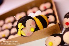 Atelier - Boutique D' Caroline: abelha