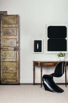 San Francisco interior designer Eche Martinez deploys artful color, graphics, and modern simplicity with verve. Eche Martinez g...