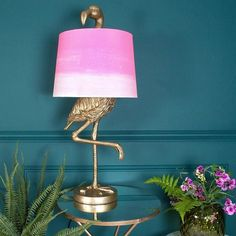 Incorporate the wow factor to your home with this brass flamingo table lamp. Flamingos are right on trend and will add a stylish addition to your décor.