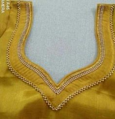Patch Work Blouse Designs, Hand Work Blouse Design, Simple Blouse Designs, Saree Blouse Neck Designs, Stylish Blouse Design, Sari Blouse, Chudidhar Neck Designs, Dress Neck Designs, Designer Blouse Patterns